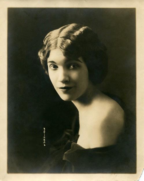Jeanne Cartier, circa 1916