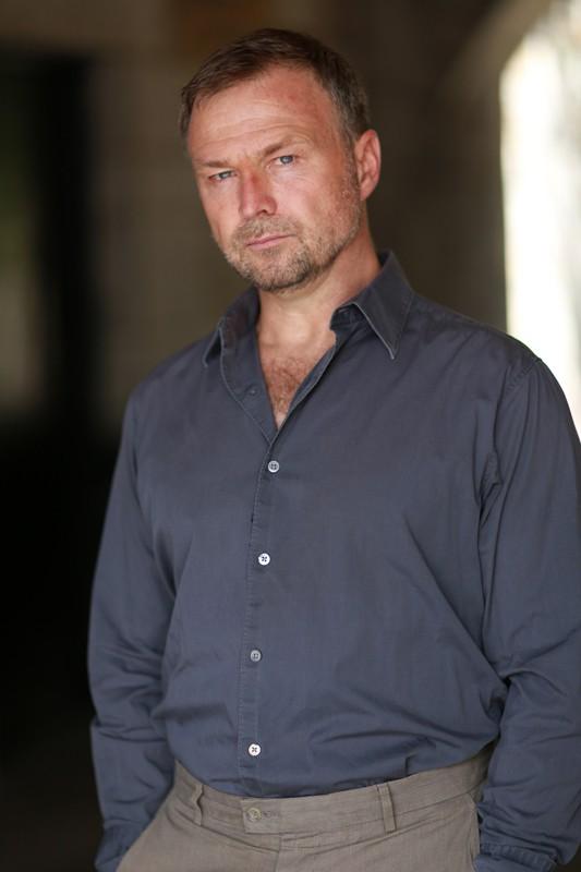 Tony Ward