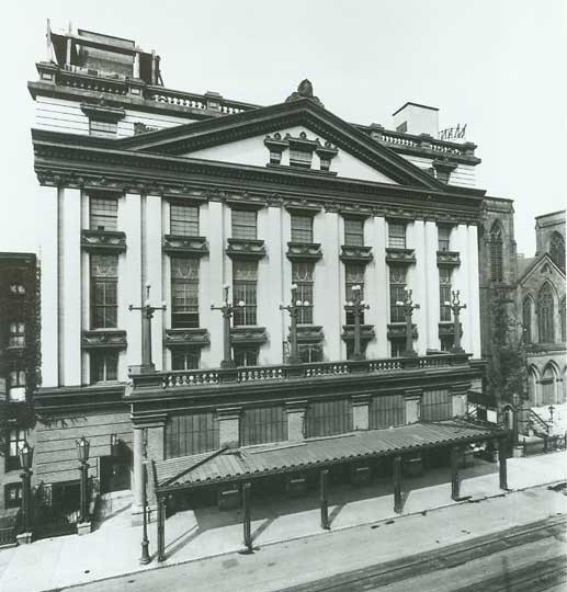 Manhattan Opera House - Circa 1909. Bill Morrison collection, courtesy of the Shubert Archive.